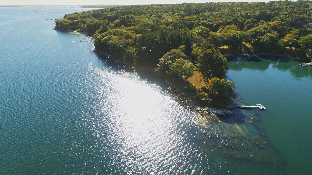 Single Family Home for Sale at Sanderson Point 89 Sanderson Road Cumberland Foreside, Maine,04110 United States