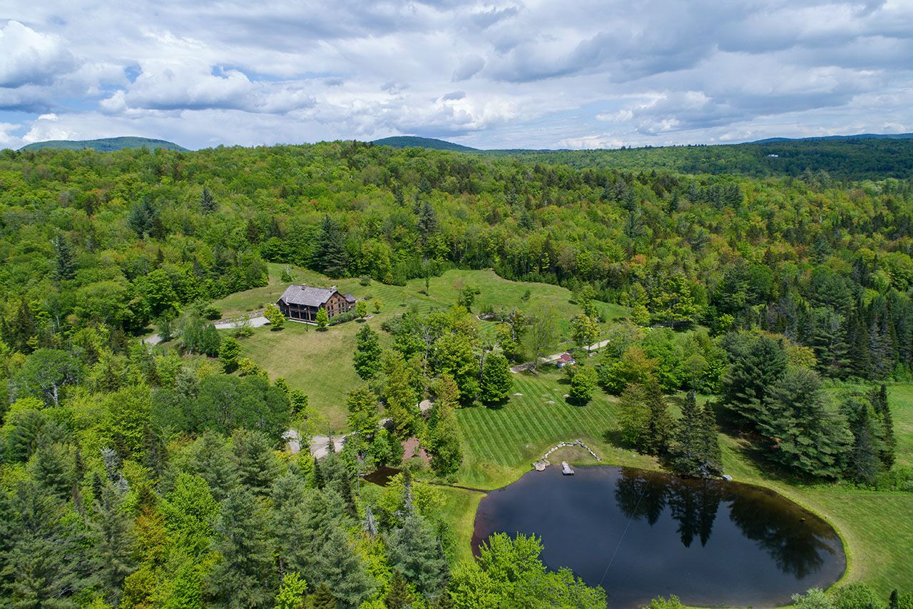 Additional photo for property listing at 1140 Little Michigan 1140 Little Michigan Peru, Vermont,05152 États-Unis