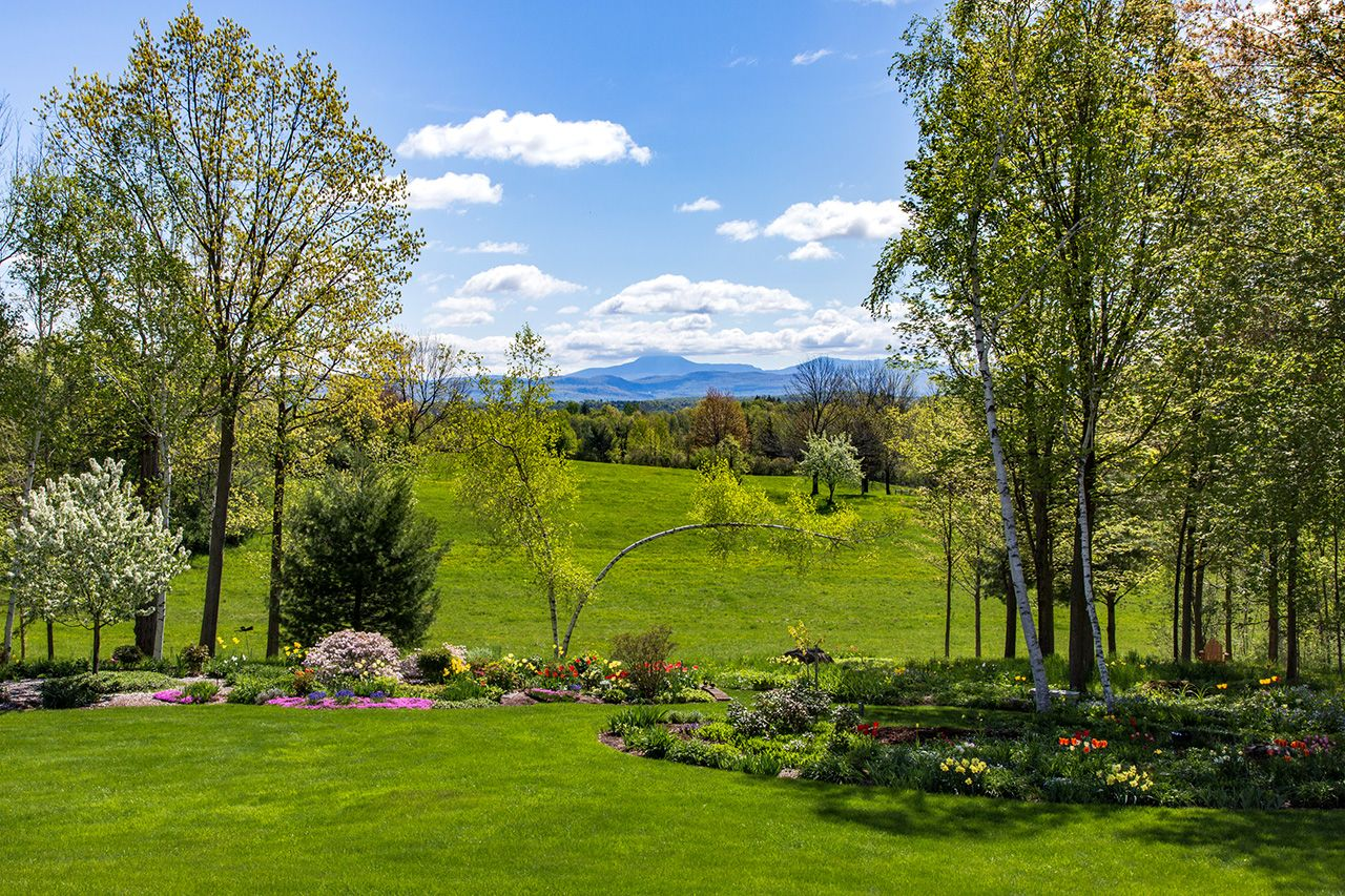 Additional photo for property listing at Casa Tranquilla 1445 Ethan Allen Highway Charlotte, Vermont,05445 États-Unis
