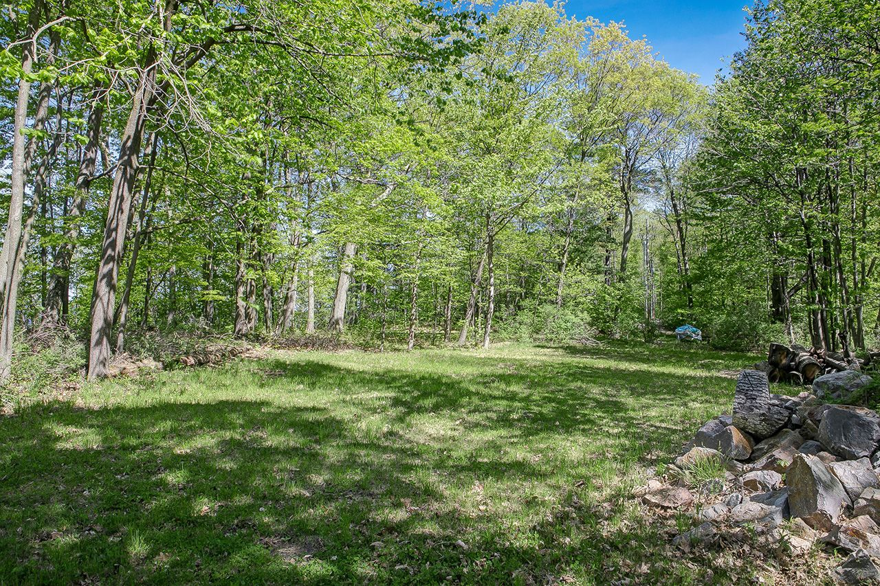 Additional photo for property listing at Orchard Shore Land 0 Orchard Shore Colchester, Vermont,05446 Stati Uniti