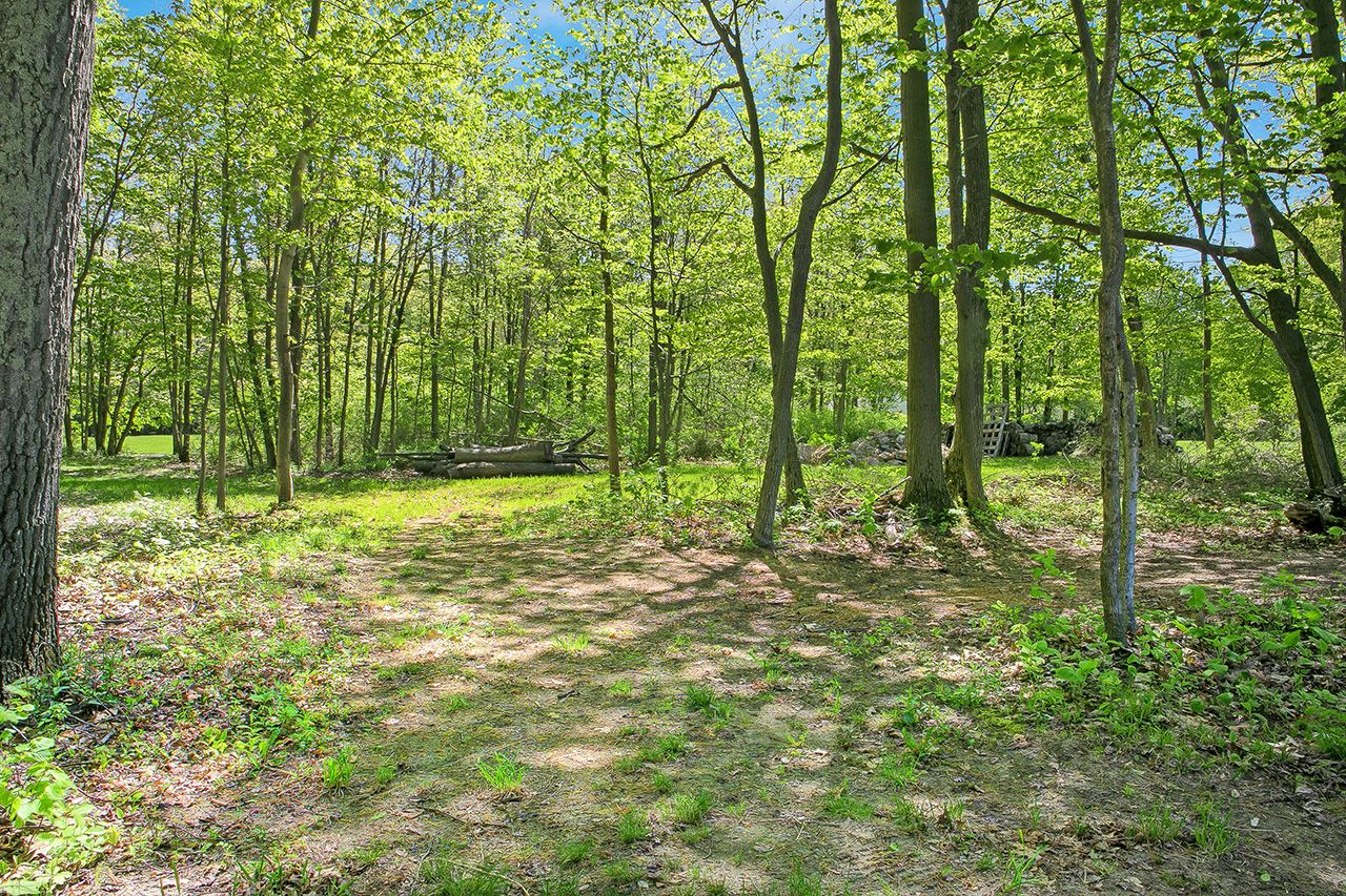 Additional photo for property listing at Orchard Shore Land 0 Orchard Shore Colchester, Vermont,05446 États-Unis