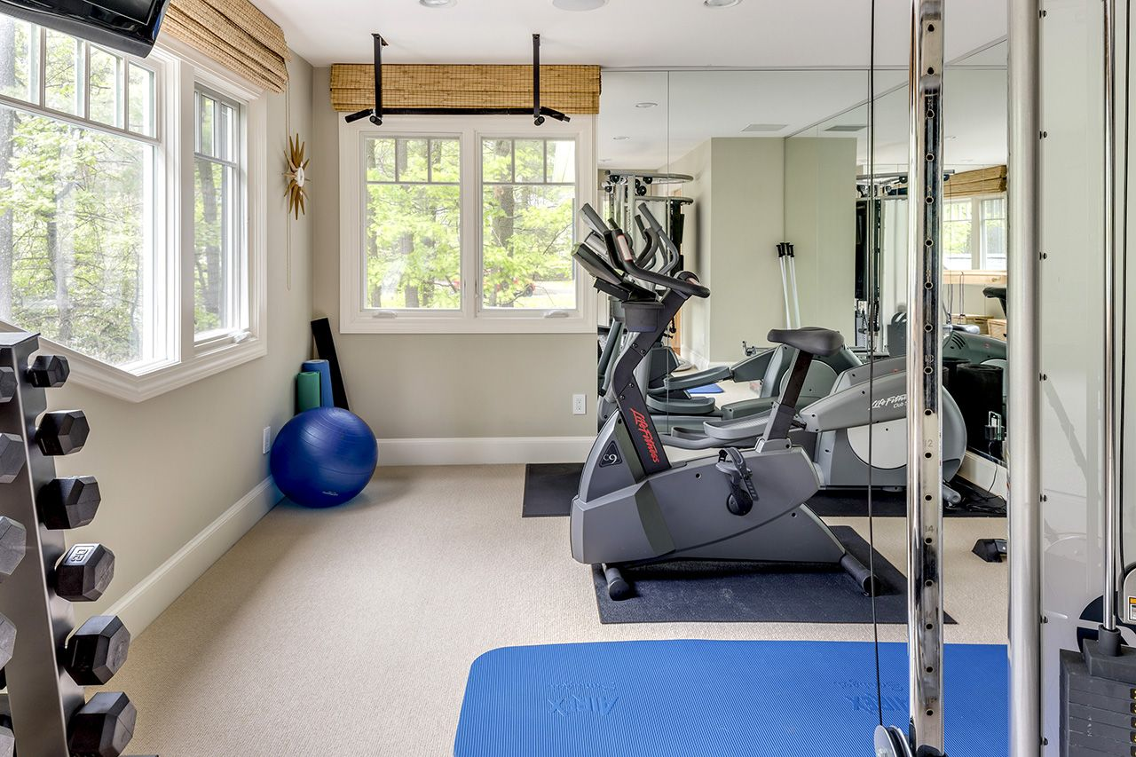 Additional photo for property listing at 32 Claypit Hill Road 32 Claypit Hill Road Wayland, Massachusetts,01778 États-Unis