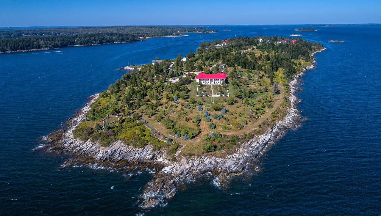 Single Family Home for Sale at Hope Island Hope Island Chebeague Island, Maine,04017 United States