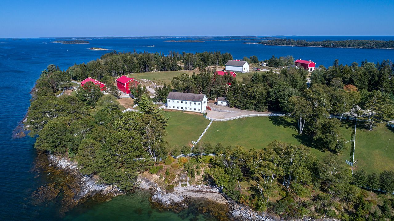Additional photo for property listing at Hope Island Hope Island Chebeague Island, Maine,04017 United States