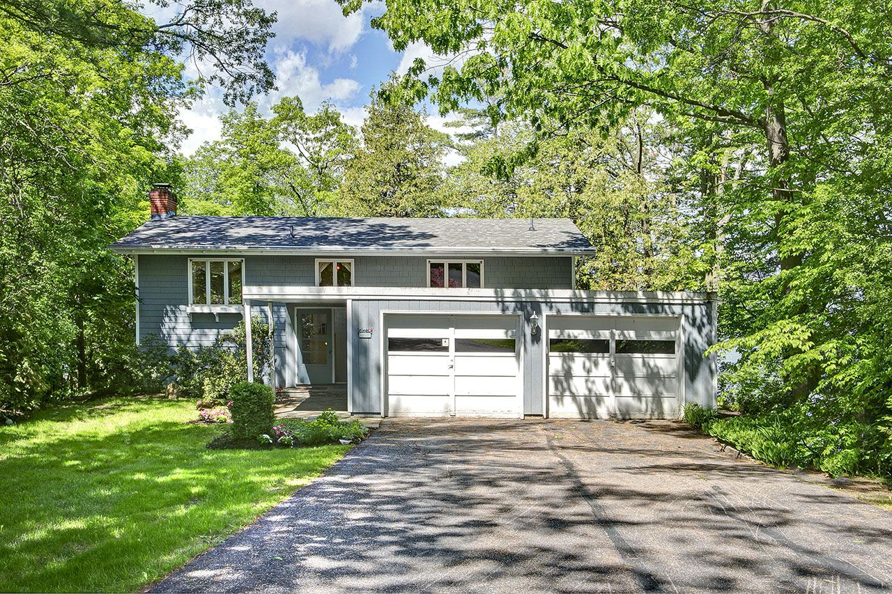 Additional photo for property listing at South Cove 147 South Cove Road Burlington, Vermont,05401 Estados Unidos