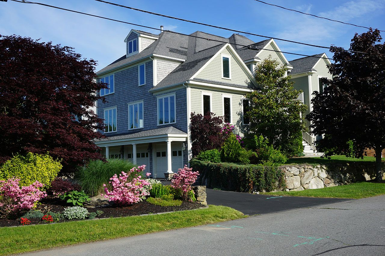 Single Family Home for Sale at 20 Mosher Street South Dartmouth, Massachusetts,02748 United States