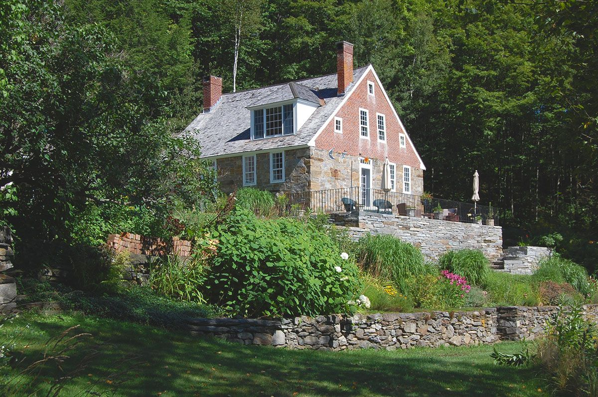 Single Family Home for Sale at Auger Hole 343 Auger Hole Rd. West Windsor, Vermont,05037 United States