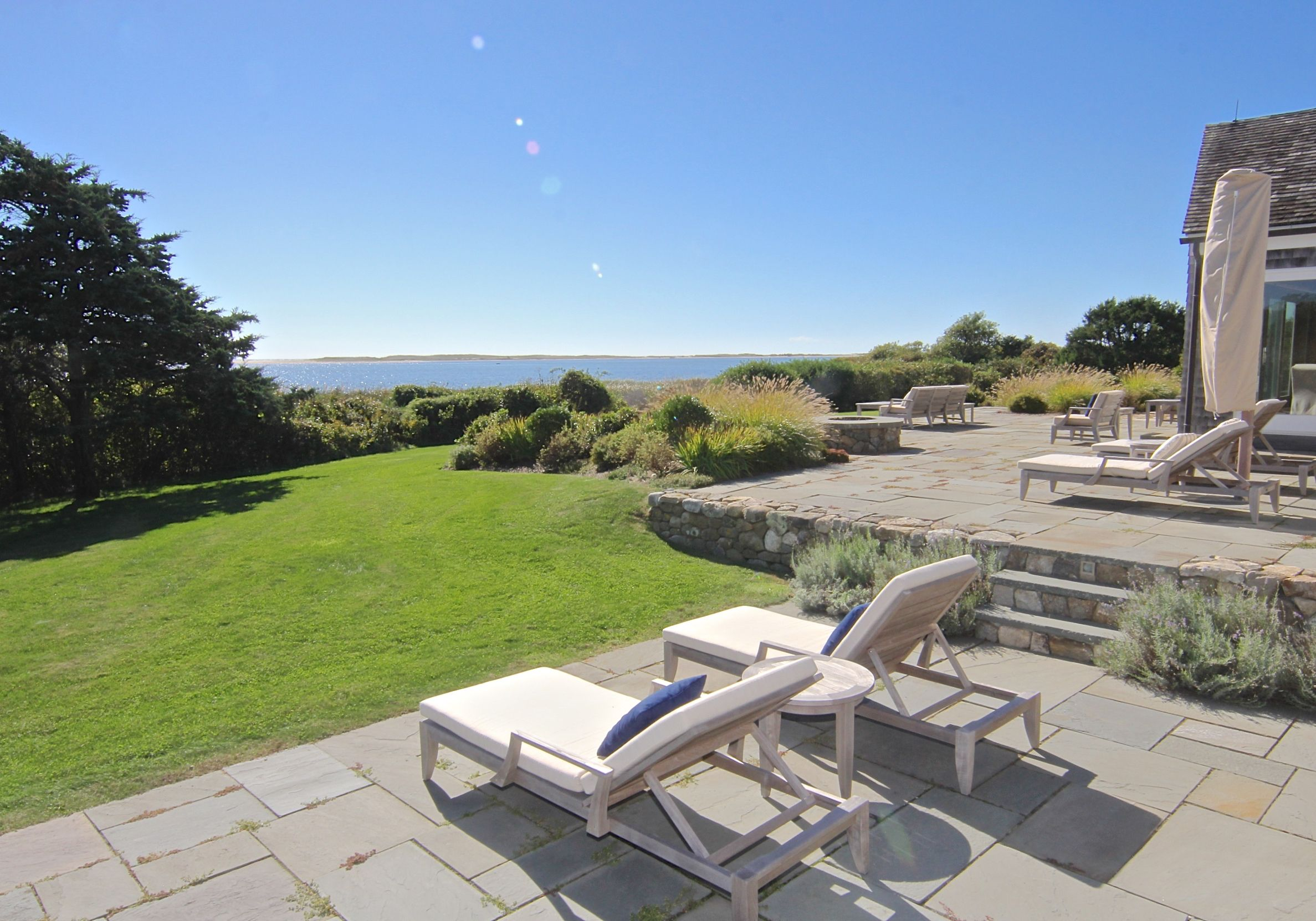 Additional photo for property listing at 59 & 61 Butlers Cove Road 59 & 61 59 61 Butlers Cove Edgartown, Massachusetts,02539 Hoa Kỳ