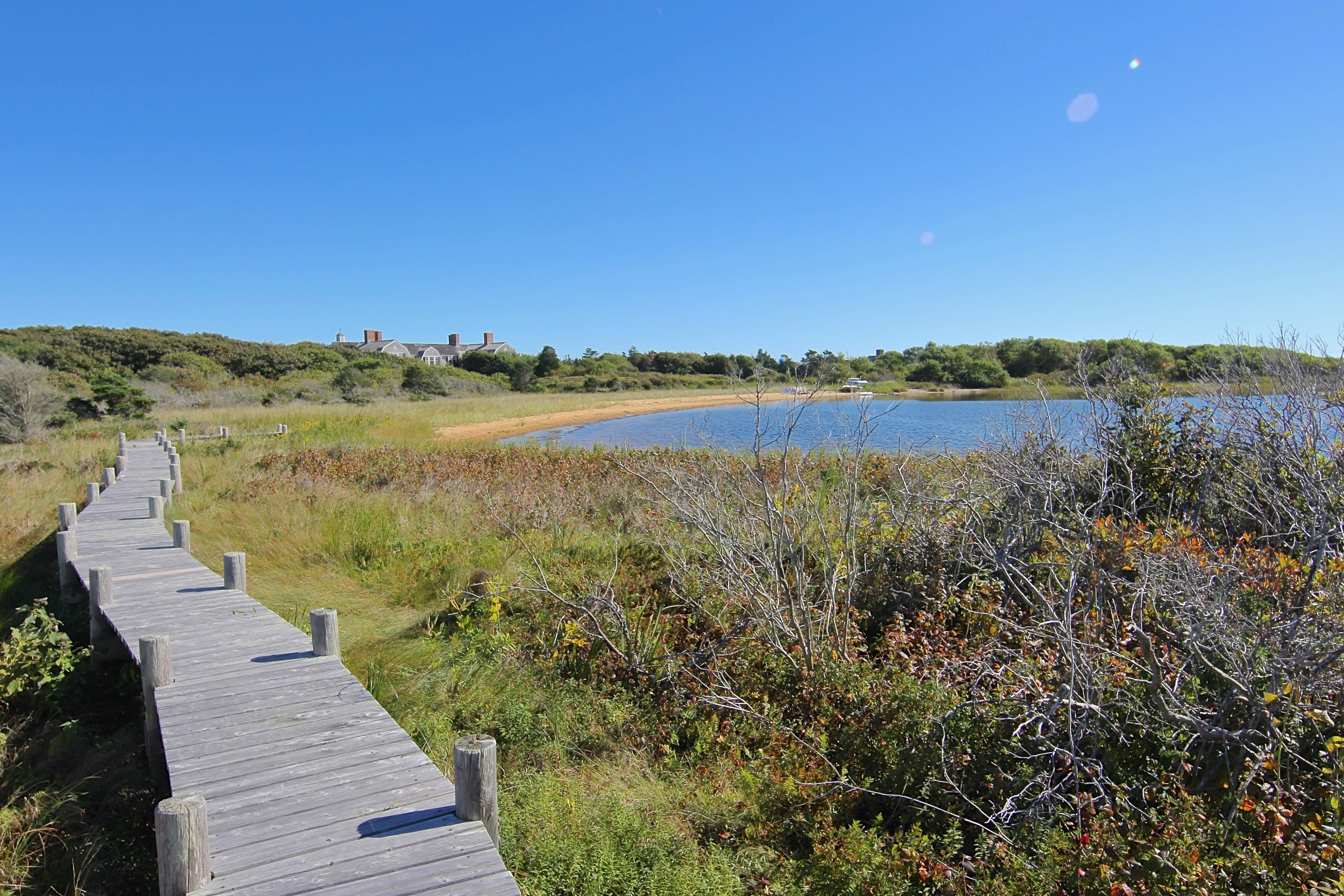 Additional photo for property listing at 59 & 61 Butlers Cove Road 59 & 61 59 & 61 Butlers Cove Road Edgartown, 매사추세츠,02539 미국