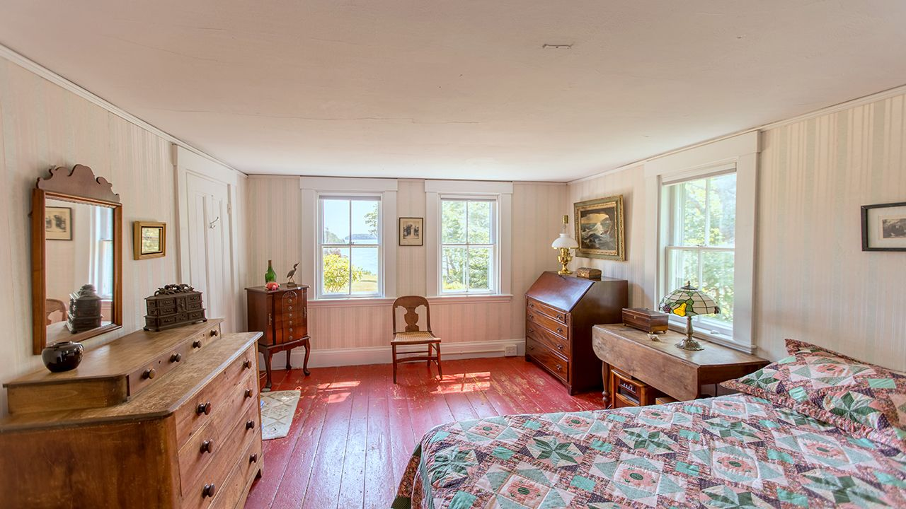 Additional photo for property listing at Snug Cove 204 S Road South Bristol, Maine,04856 États-Unis