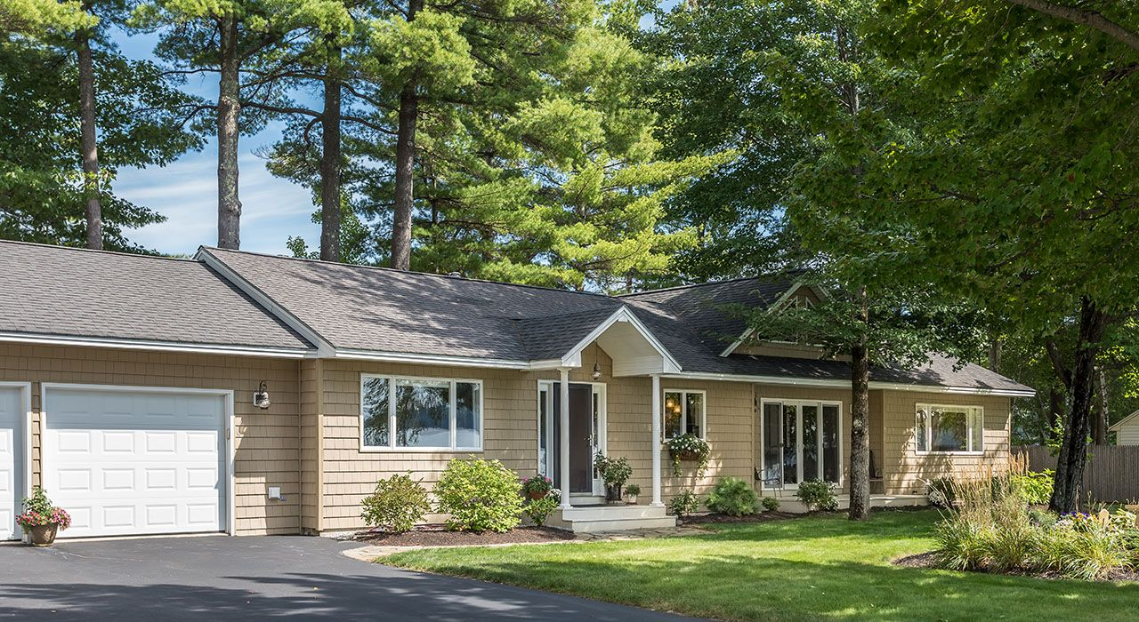 Single Family Home for Sale at Lyons Point 180 Lyons Point Road Gray, Maine,04071 United States