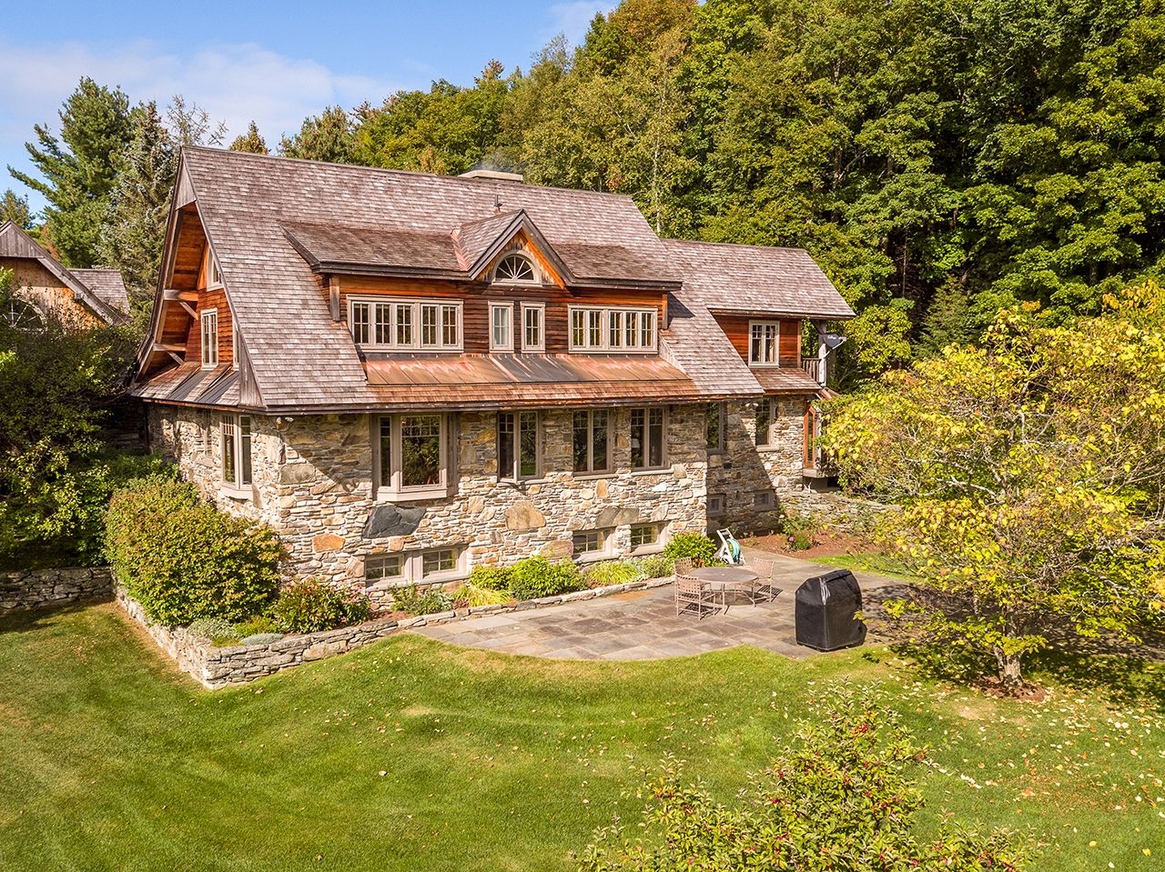 Single Family Home for Sale at Stone Cottage 853 Sayer Rd Barnard, Vermont,05031 United States