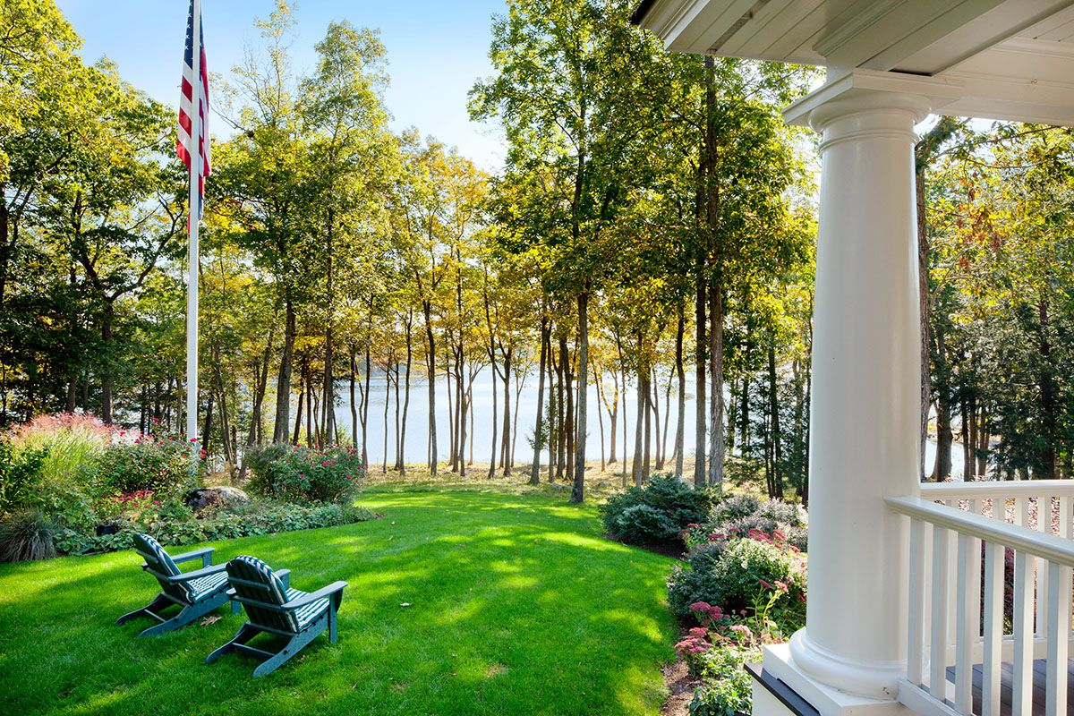 Additional photo for property listing at Private Seacoast Estate on Great Bay 395 Bay Rd Durham, New Hampshire,03824 États-Unis