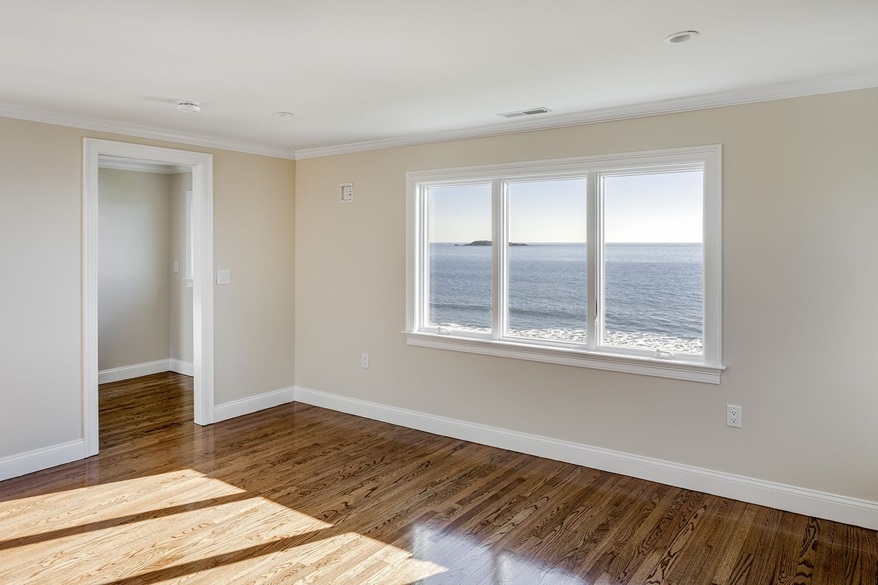 Additional photo for property listing at Swampscott Beachfront 34 Blodgett Avenue Swampscott, Massachusetts,01907 Estados Unidos