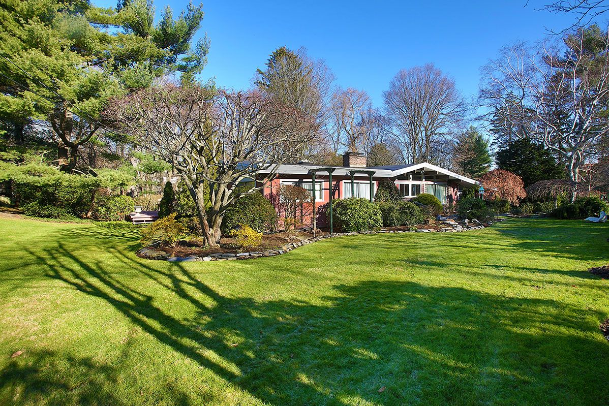 Single Family Home for Sale at 11 George Lane 11 George Lane Brookline, Massachusetts,02445 United States