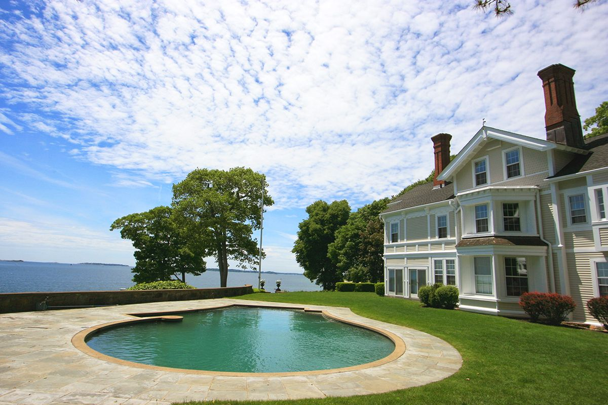 Additional photo for property listing at Beverly Farms Oceanfront Estate 155 West Beverly, Massachusetts,01915 Estados Unidos