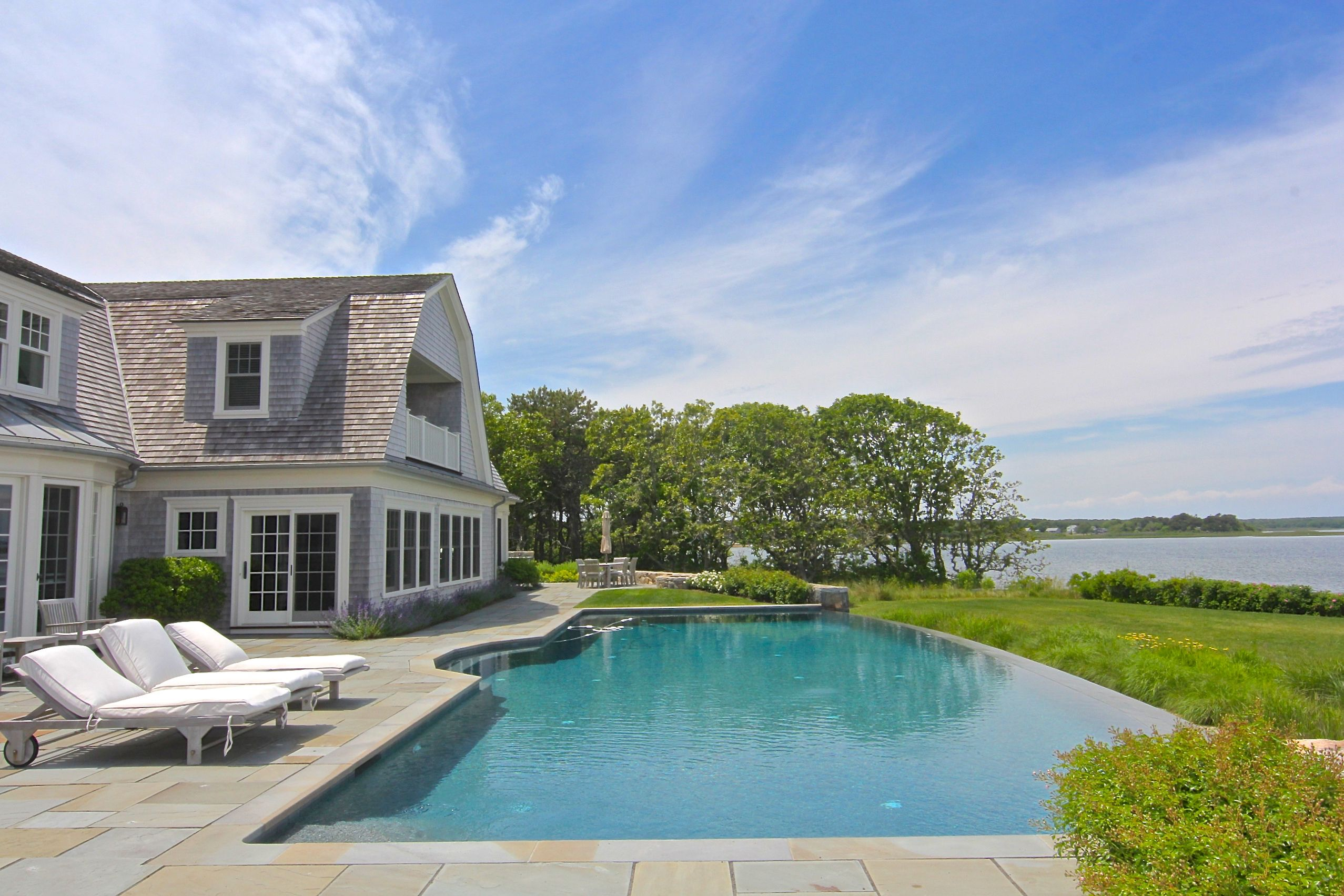 Additional photo for property listing at 96 Beach Road  Edgartown, 매사추세츠,02539 미국