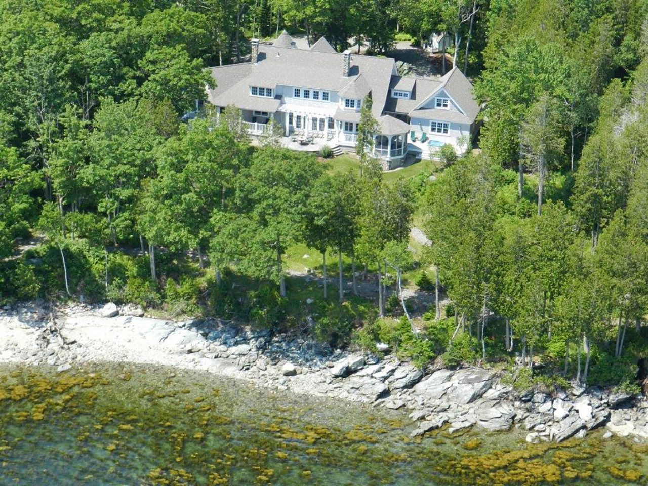 Single Family Home for Sale at Stone's Throw 32 Seaspray Lane Brooklin, Maine,04616 United States