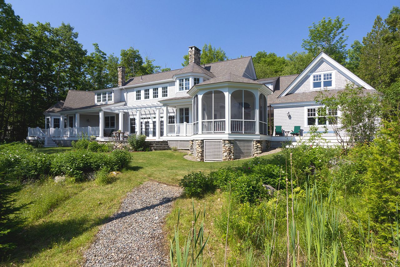 Additional photo for property listing at Stone's Throw 32 Seaspray Lane Brooklin, メーン,04616 アメリカ合衆国