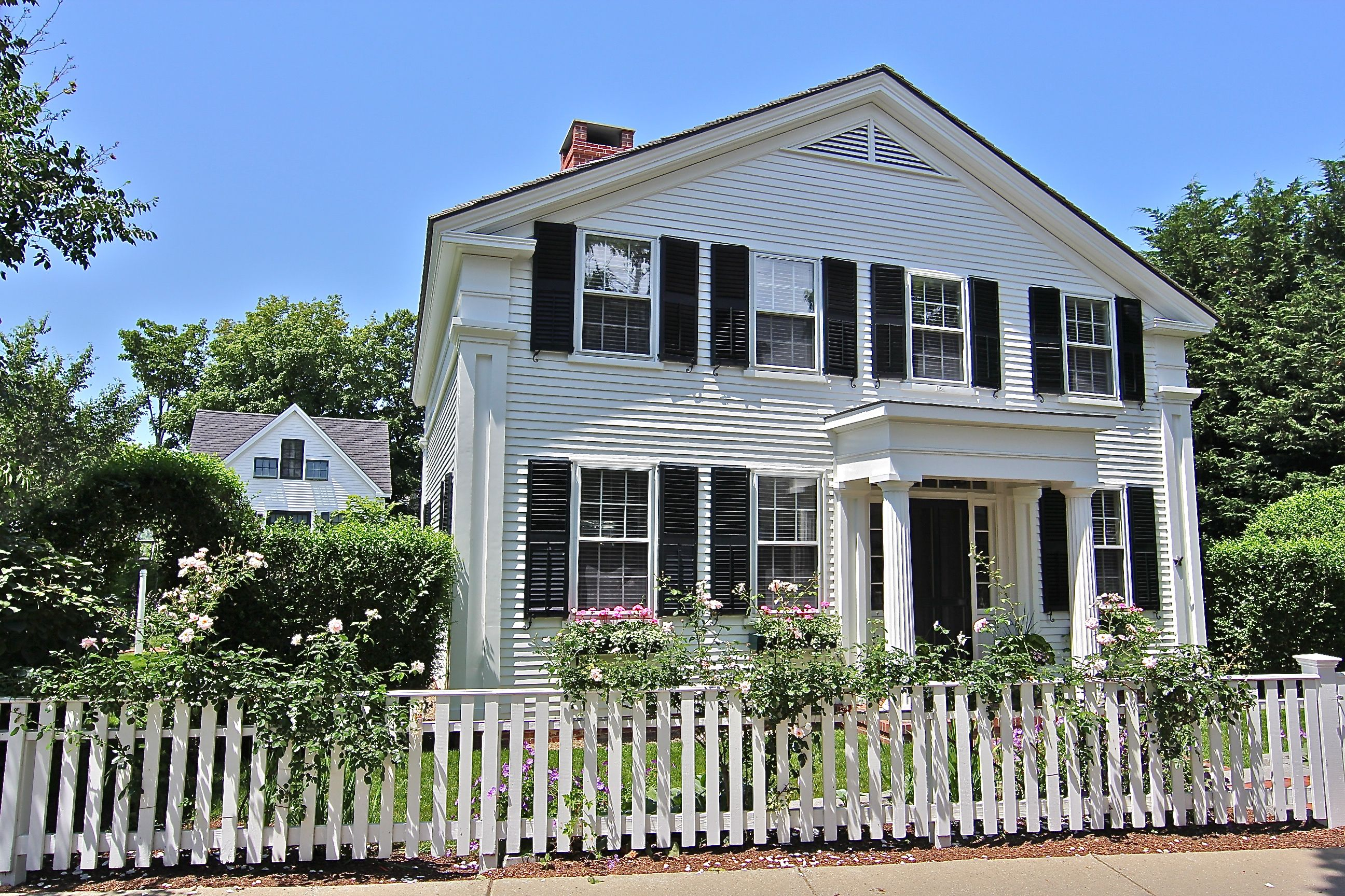 Single Family Home for Sale at 1 Pierce Lane Edgartown, Massachusetts,02539 United States