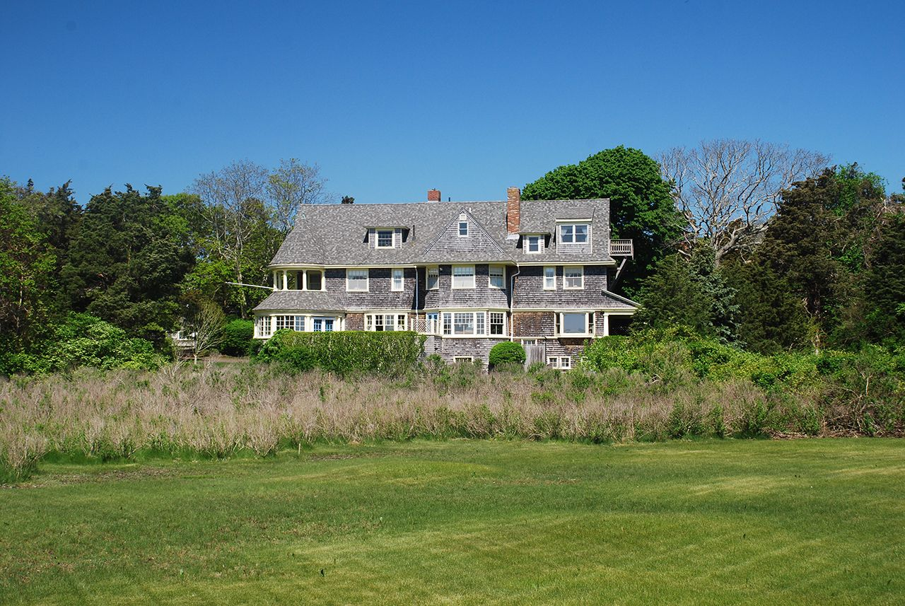 Additional photo for property listing at Chapoquoit Island Waterfront 140 Associates West Falmouth, Massachusetts,02574 United States