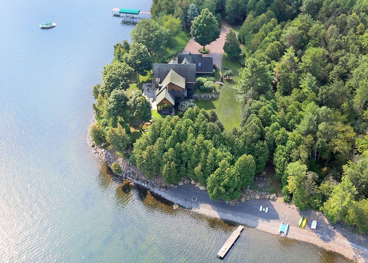 Single Family Home for Sale at Cedar Point 12 Cedar Cliffs Lane South Hero, Vermont,05486 United States