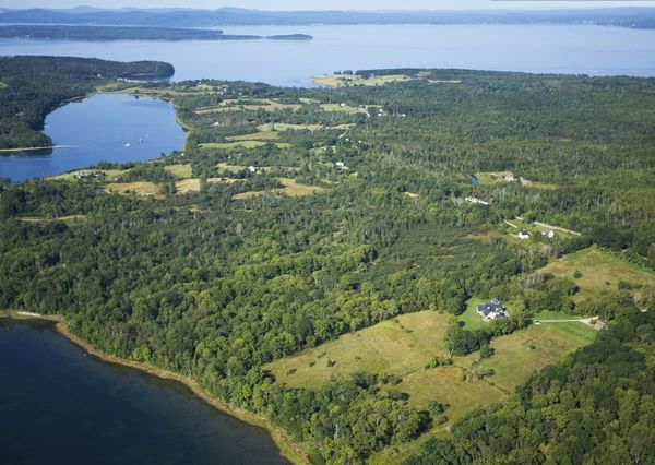 35 Coverly Road Castine, ME 04421 - Image 1