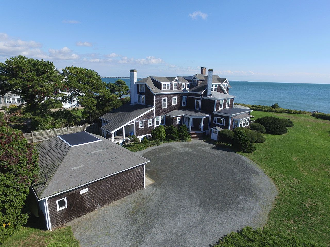 Additional photo for property listing at Wianno Waterfront Estate 554 Wianno Osterville, Μασαχουσετη,02655 Ηνωμενεσ Πολιτειεσ