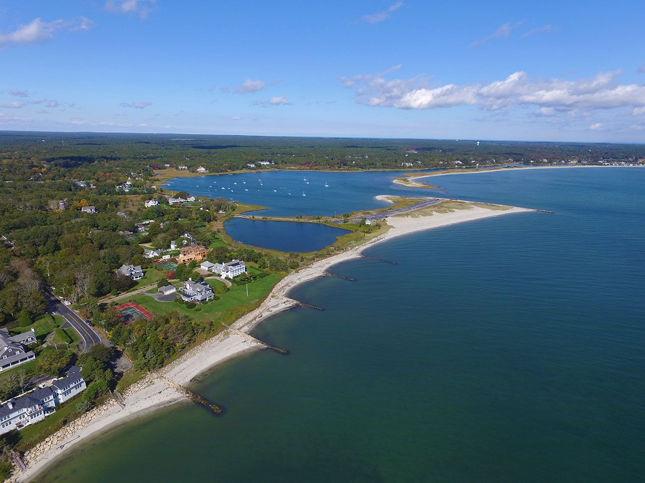 Additional photo for property listing at Wianno Waterfront Estate 554 Wianno Osterville, Massachusetts,02655 Estados Unidos