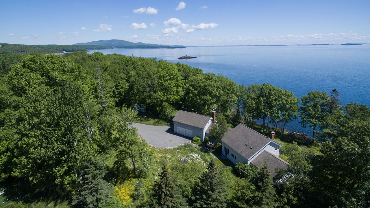 Additional photo for property listing at 14 Eastward on the Ocean 14 Eastward Rockport, Maine,04856 États-Unis