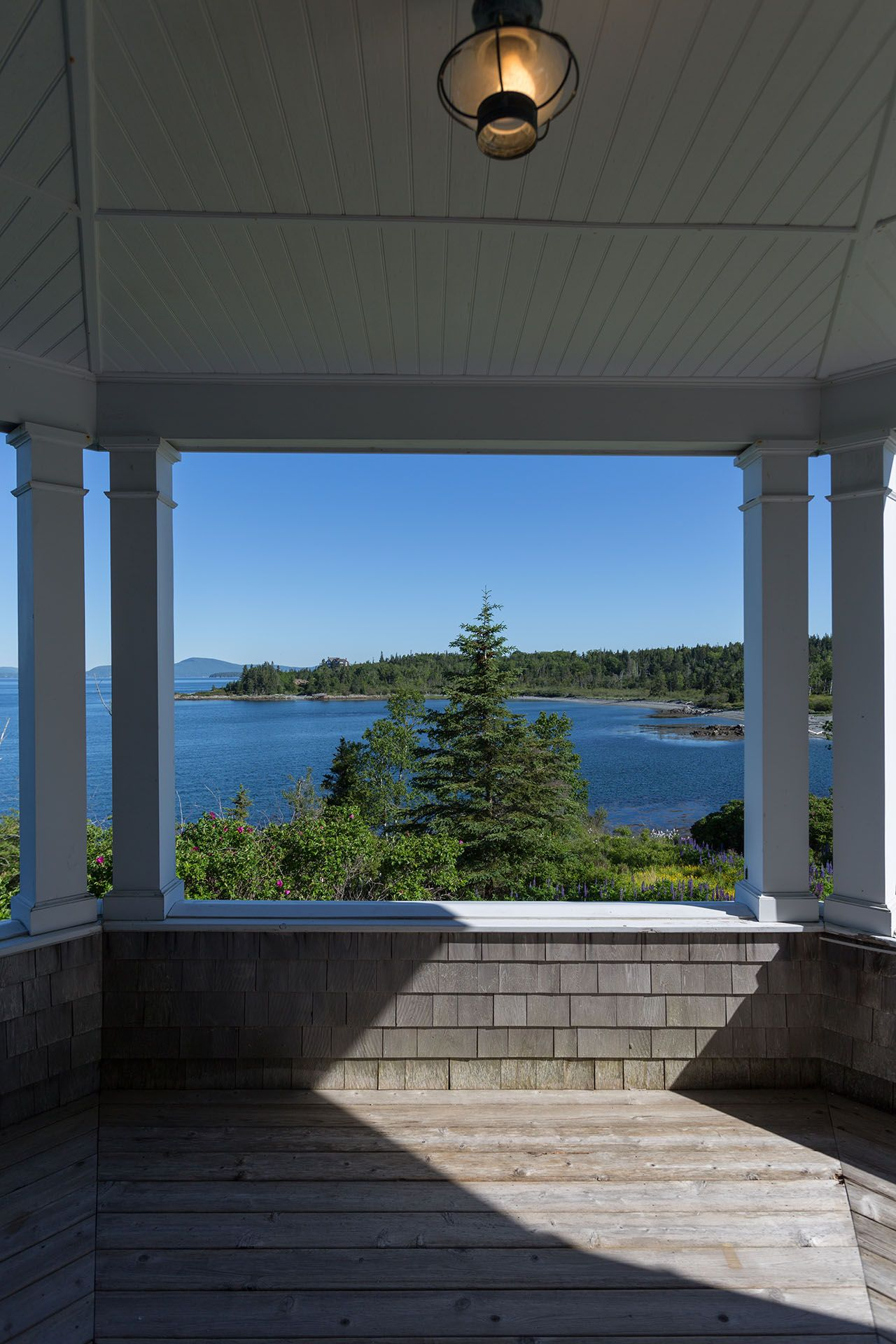 Additional photo for property listing at North Haven Retreat 755 Crabtree Point Road North Haven, Maine,04853 États-Unis