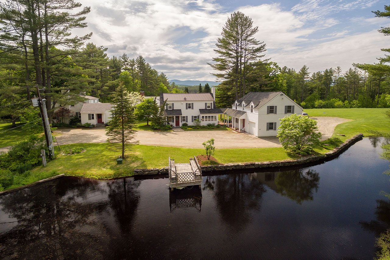 Additional photo for property listing at Glengair 207 Brooks Londonderry, Vermont,05148 Verenigde Staten