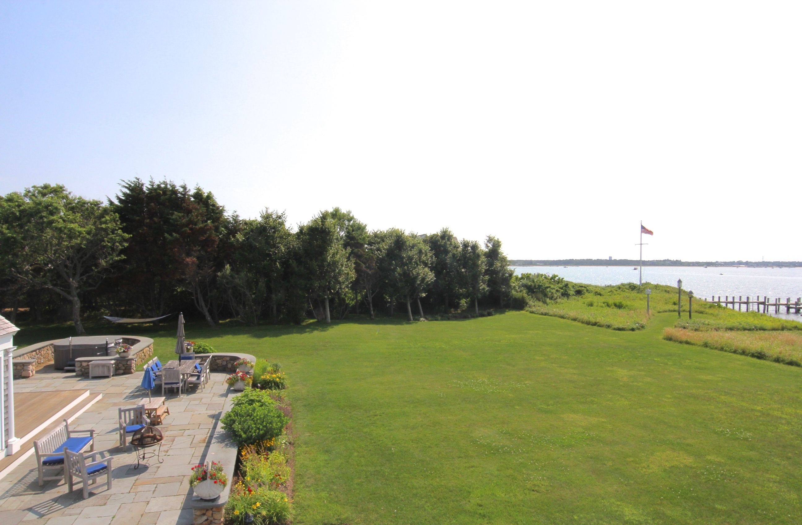 Additional photo for property listing at 55 North Neck Road 55 North Neck Road Edgartown, Massachusetts,02539 Verenigde Staten