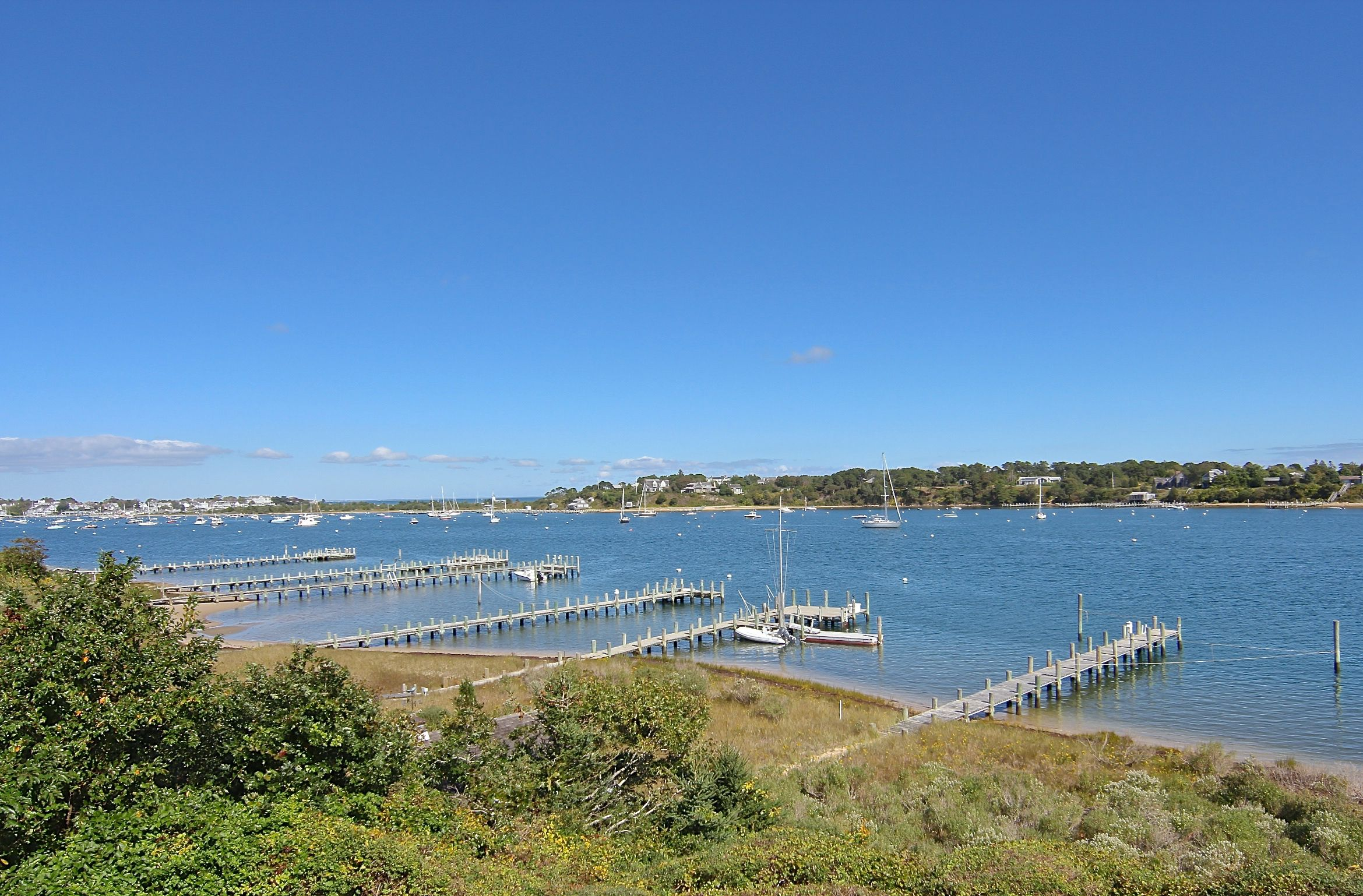 Additional photo for property listing at 32 Ocean View Avenue 32 Ocean View Avenue Edgartown, Massachusetts,02539 Usa