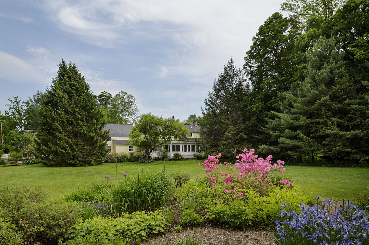 Additional photo for property listing at 17 Mountain Ave  Woodstock, Vermont,05091 États-Unis