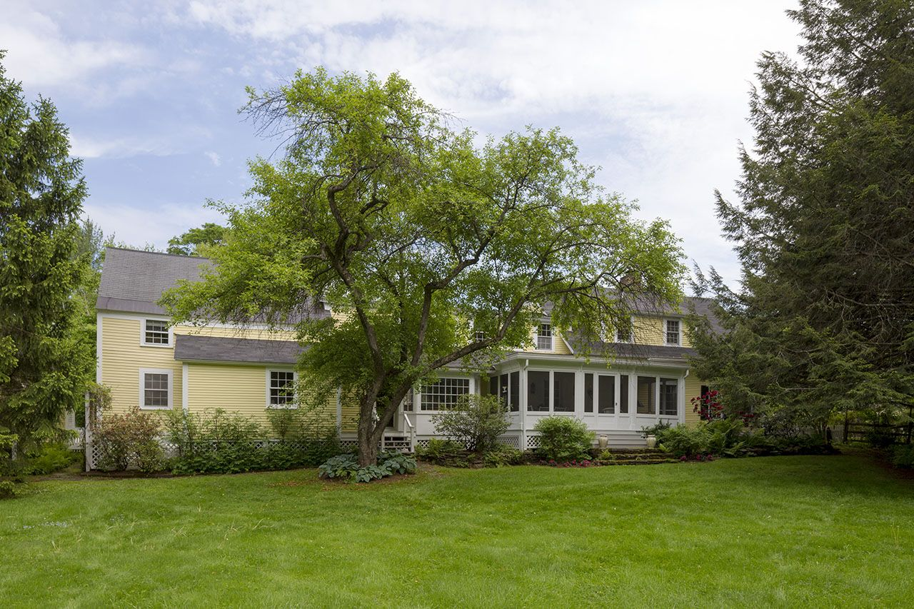 Additional photo for property listing at 17 Mountain Ave  Woodstock, Vermont,05091 Estados Unidos