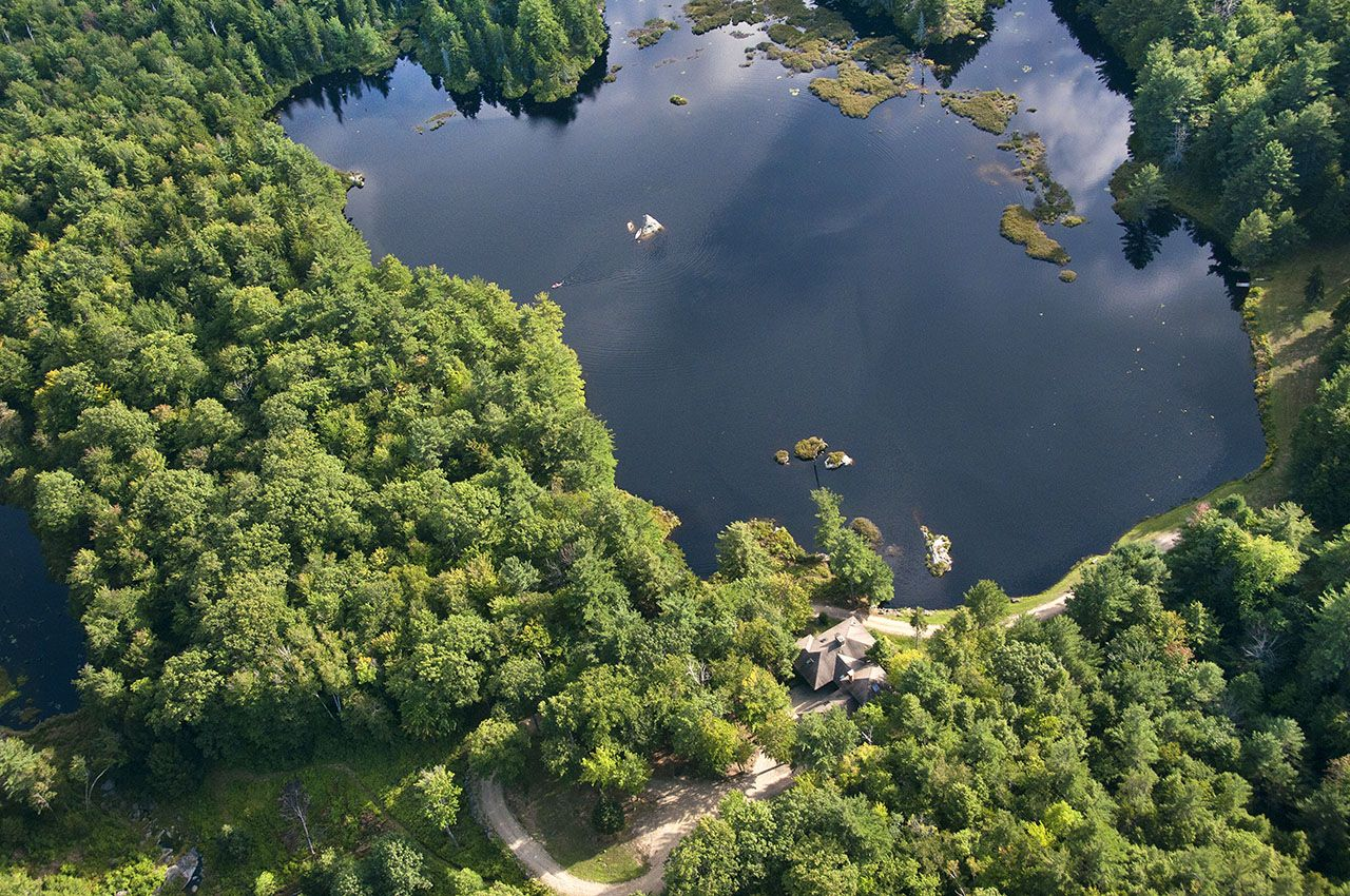 Additional photo for property listing at Upton Pond 415 Mount Stoddard Rd Stoddard, New Hampshire,03464 Hoa Kỳ
