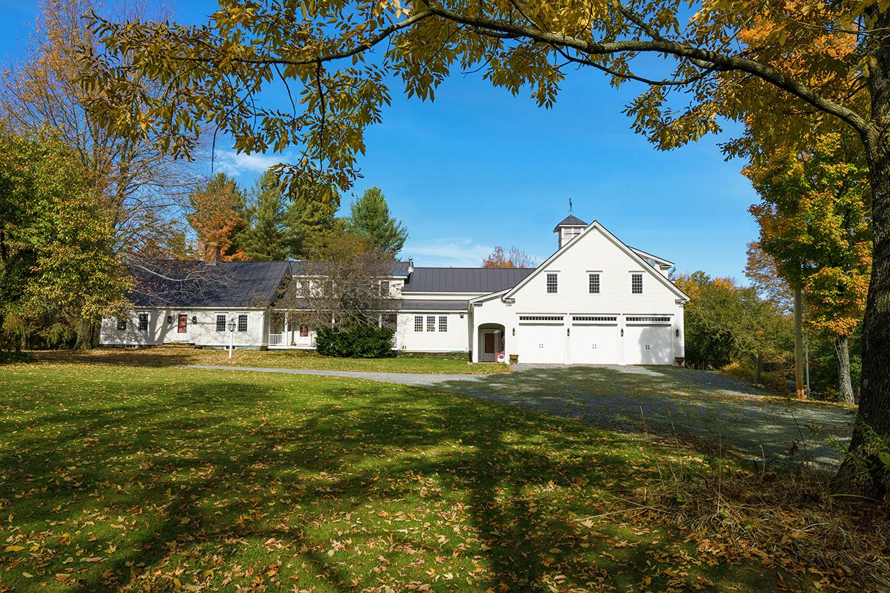 Single Family Home for Sale at Upper Farm 1497 Bowman Road Barnard, Vermont,05031 United States