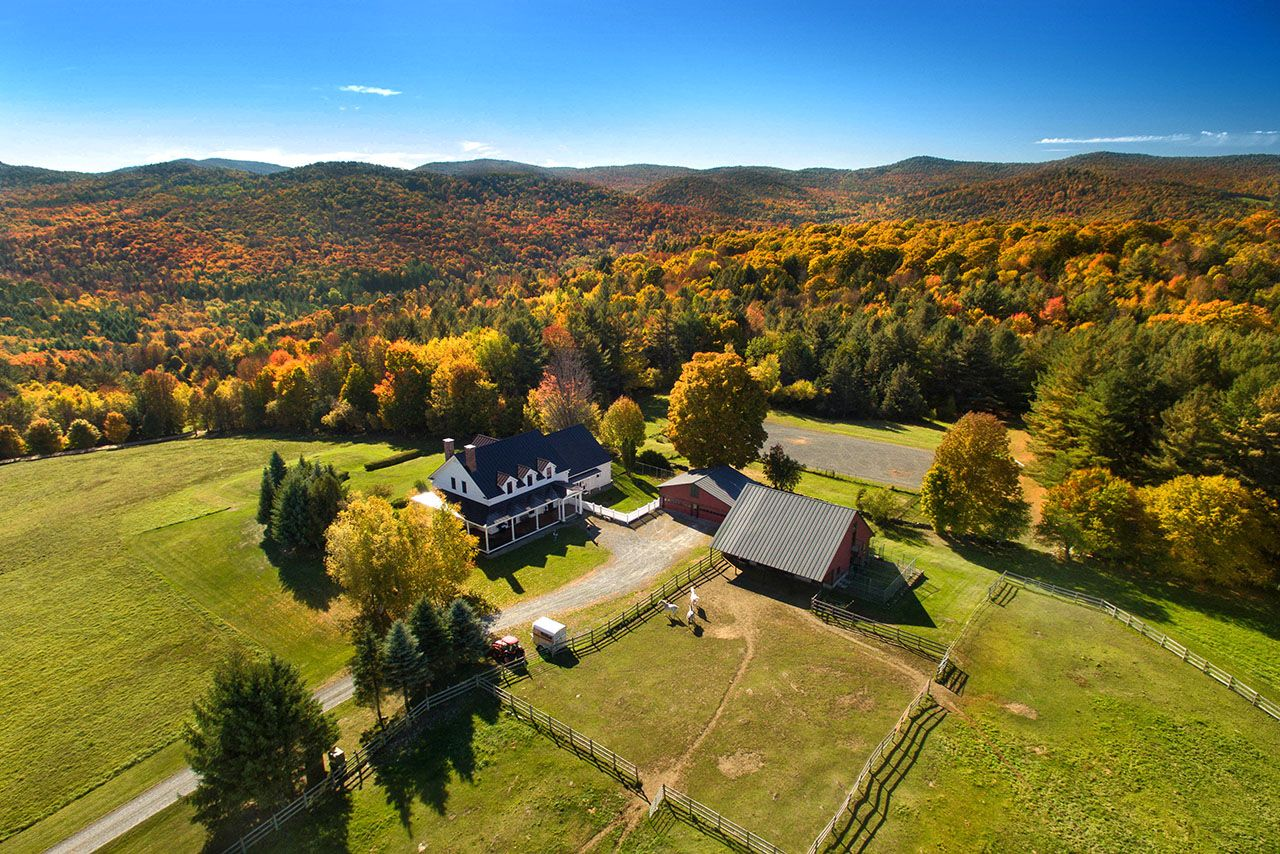 Single Family Home for Sale at 797 North Rd Barnard, Vermont,05031 United States