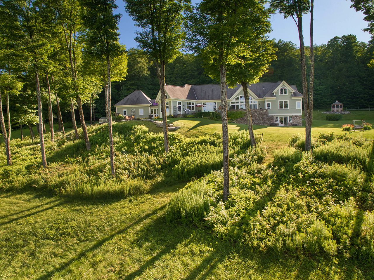 Single Family Home for Sale at Turning Leaf 537 Mad Tom Notch Rd Peru, Vermont,05152 United States